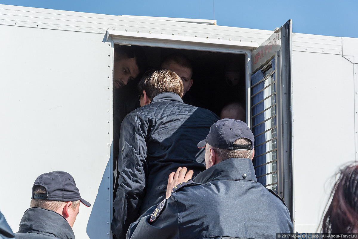 "CHelyabinsk Protesty 38 - Митинг ""Он нам не царь"" в Челябинске - Как проходят акции протеста на Урале?"