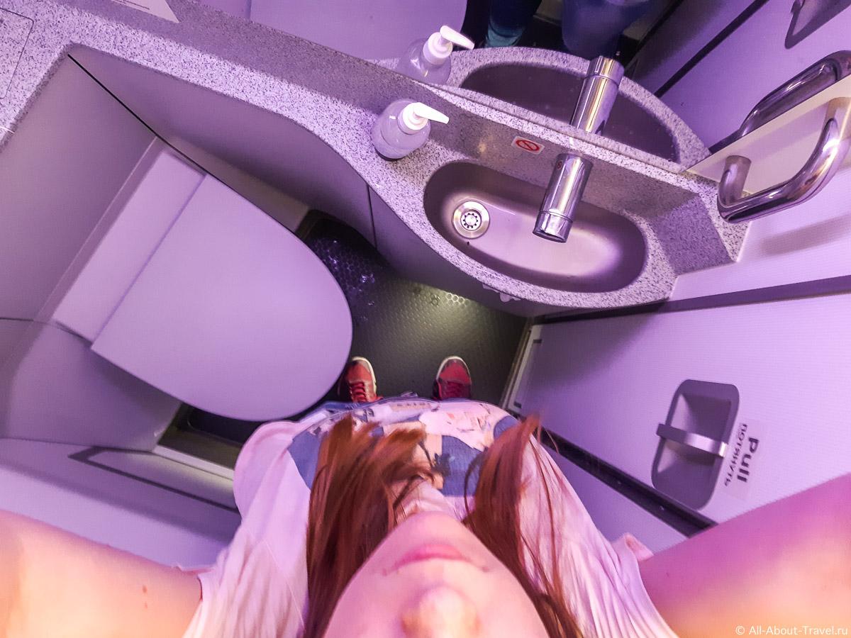 Почему на рейсах s7 такие маленькие туалеты