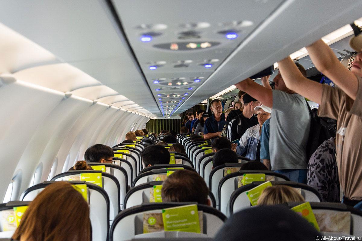 новый самолет Airbus A320 Neo летает в Китай