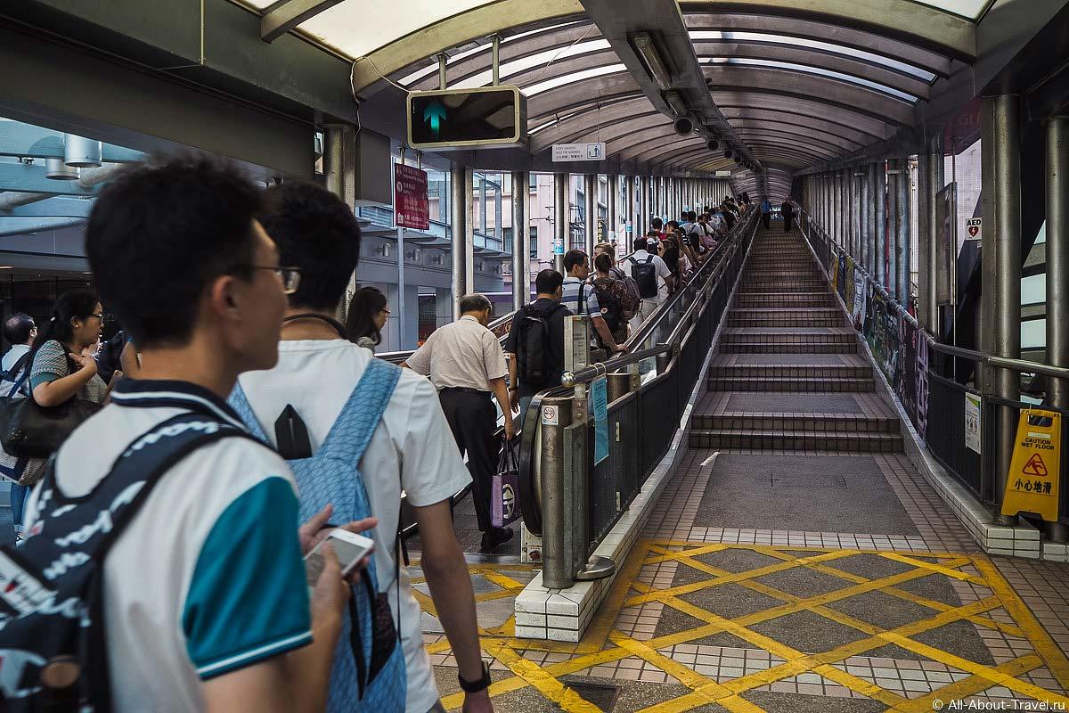 Mid-Levels escalator в Гонконге